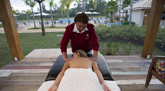 estrutura-massagem_-santissimo-resort_tiradentes_minas-gerais