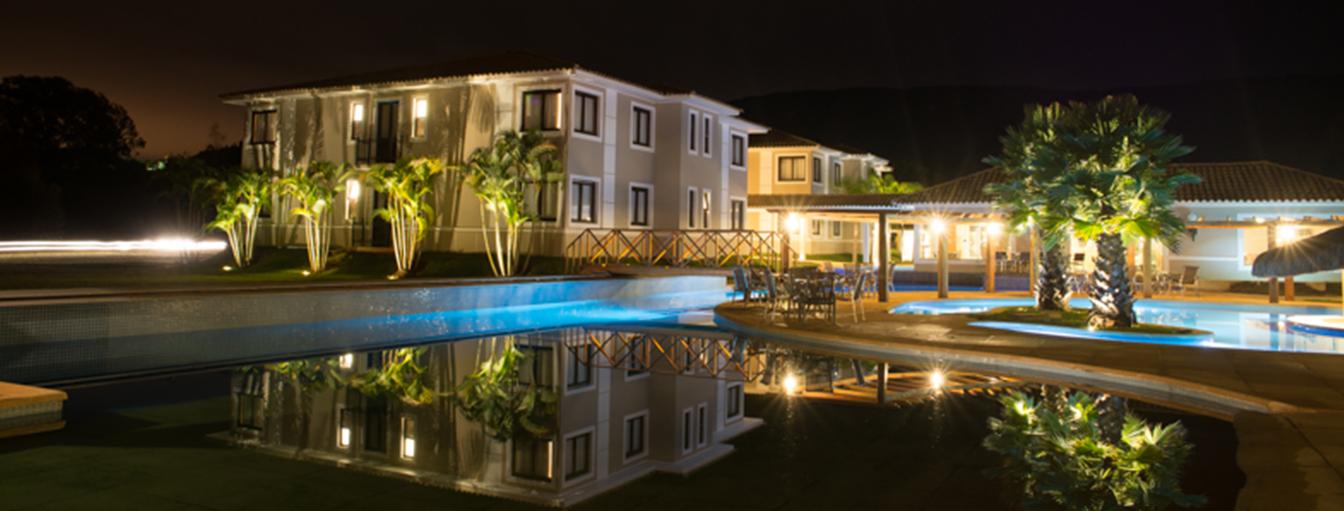 banner-11_santissimo-resort_tiradentes_minas-gerais_piscina_noturna