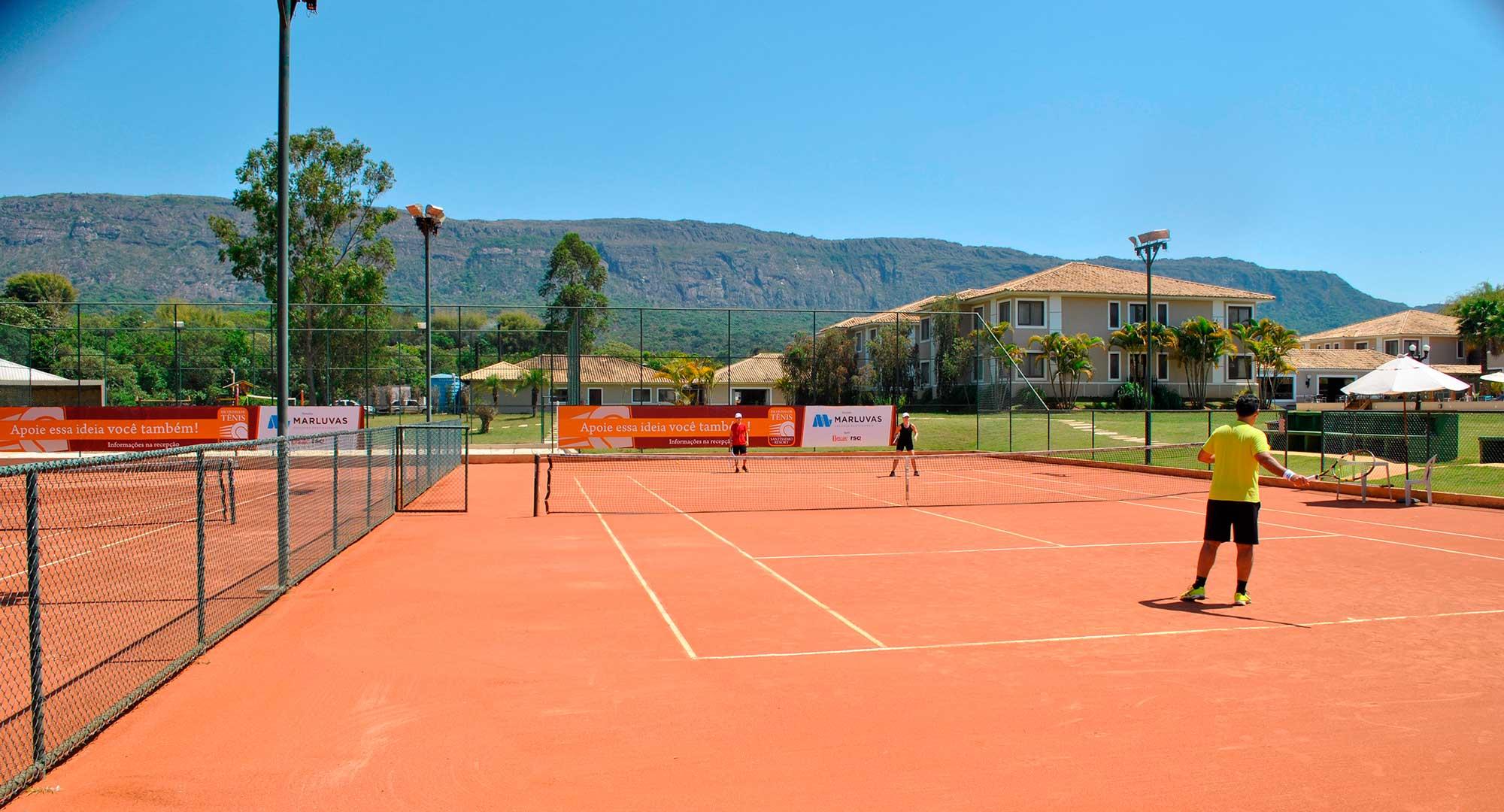 grupos-05-quadra-de-tenis-santissimo-resort_tiradentes_minas-gerais